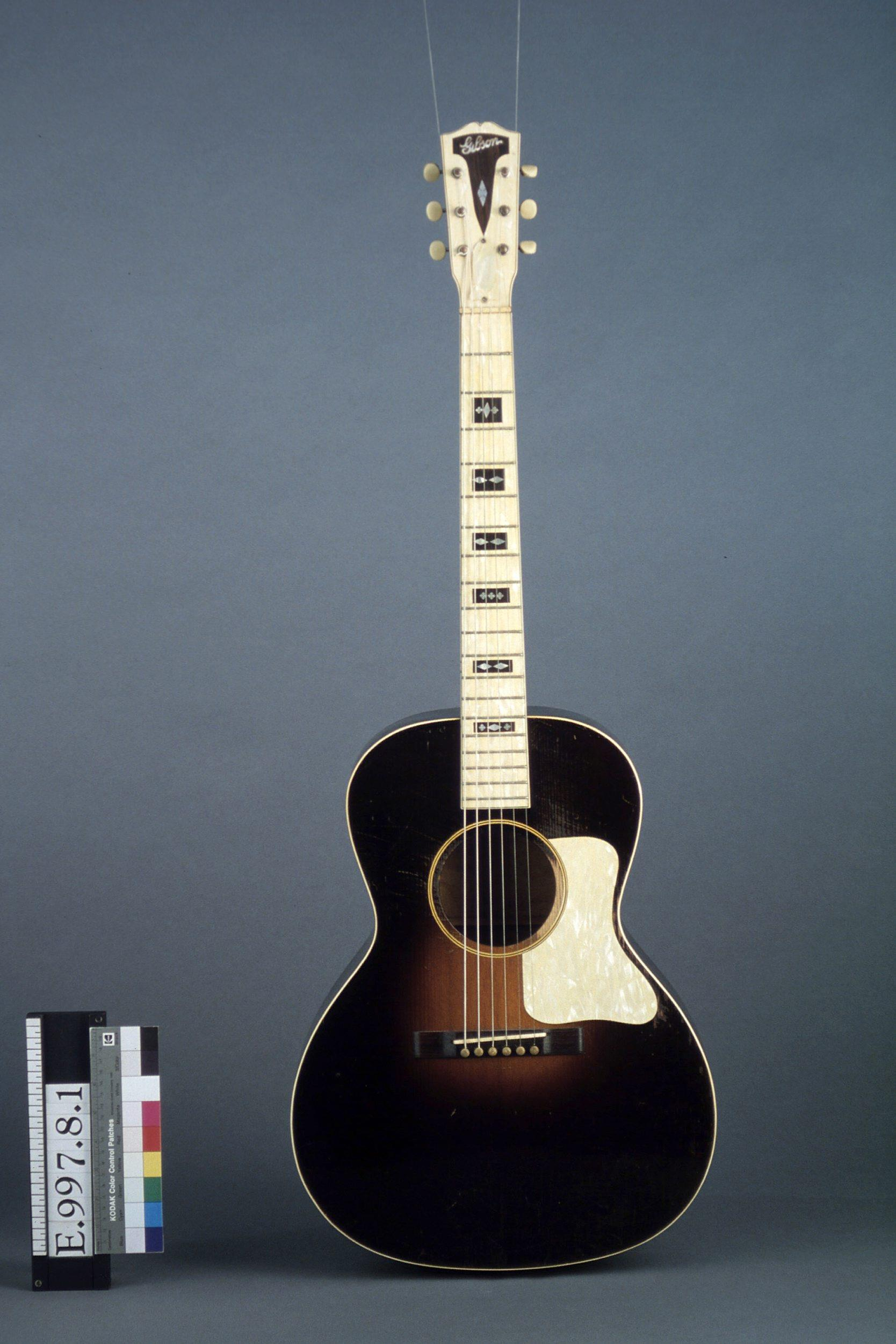 Guitare acoustique   Gibson