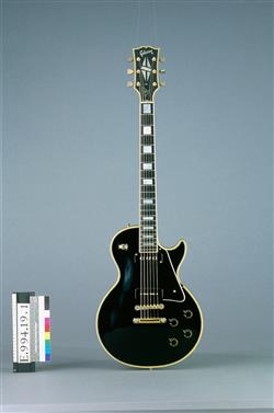 """Guitare électrique modèle Les Paul Custom dit """"Black Beauty""""   Gibson"""
