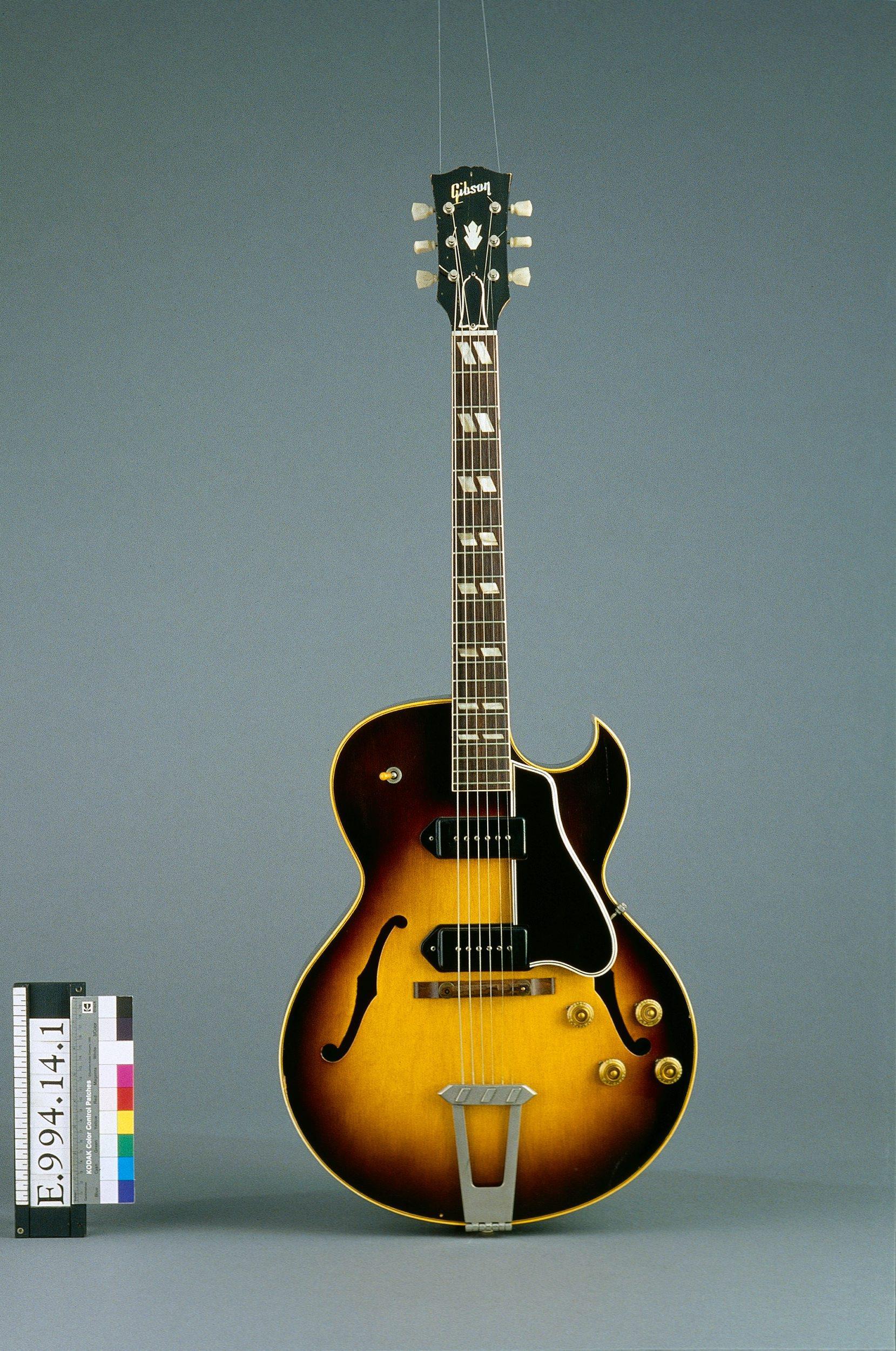 Guitare électrique modèle ES 175 D | Gibson