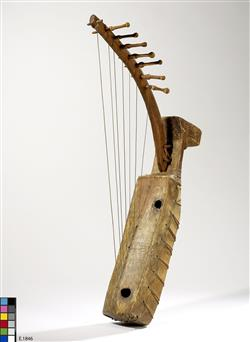"Harpe arquée ""ngombi""   Anonyme"