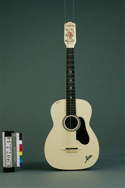 Guitare d'enfant | Mario Maccaferri