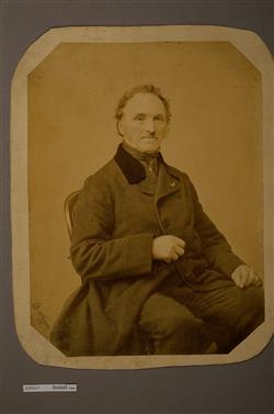 Portrait de Charles Joseph Sax assis (1790-1865) | Wagner, B.