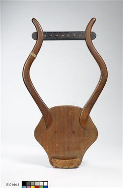 Reconstitution de lyra antique | Auguste Tolbecque