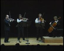 Trois divertimentos pour quatuor à cordes | Quatuor Brodsky