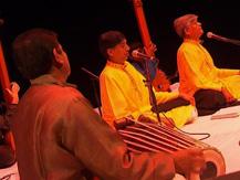 L'Inde, 24 heures du Raga : le jour. Inde du Nord : Chant Dhrupad | Ramakant, Gundecha
