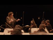 Danses symphoniques. Orchestre symphonique Divertimento - Zahia Ziouani. Bizet, de Falla, Stravinski, Moussorgski, Saint-Saëns
