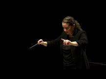 Danses symphoniques. Orchestre symphonique Divertimento - Zahia Ziouani. Bizet, de Falla, Grieg, Moussorgski...   Manuel de Falla